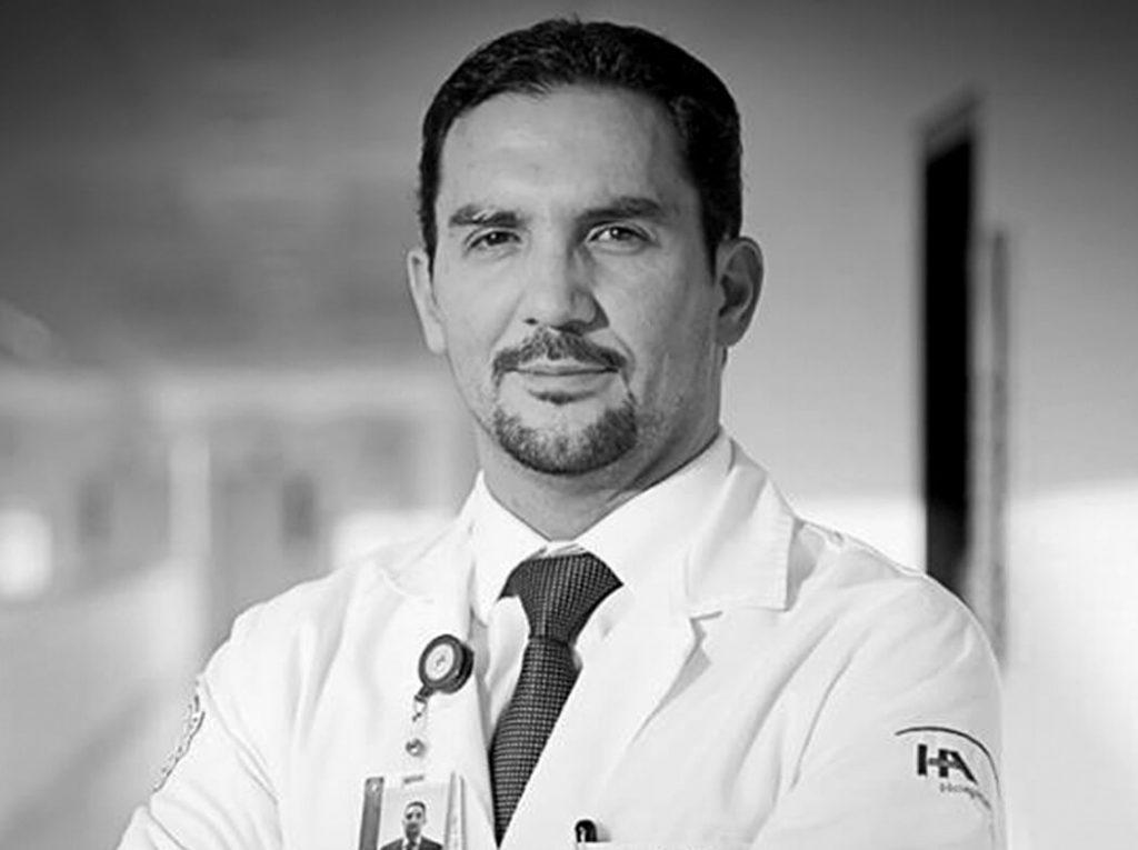 doctor adrian peralta hospital angeles